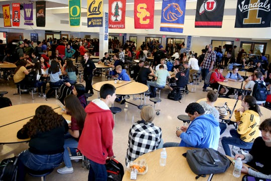 The first day of school of ninth graders at McNary High School in Keizer on Tuesday, Sep. 4, 2018.