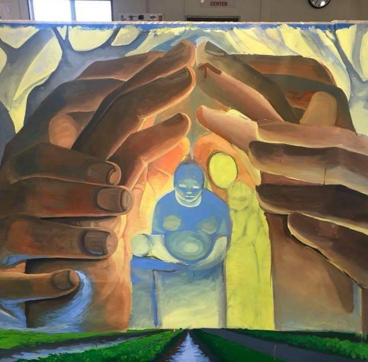 Develan mural sobre impacto de pesticidas en trabajadores del campo de Salinas