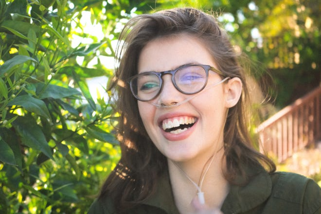 Claire Wineland, a cystic fibrosis activist who told her story of living with the disease through books and social media, died at 21, her foundation announced.