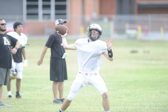 Kallin Sipe throws a pass during practice Sept. 4, 2018. Sipe will get his first start of the year at quarterback against Midland Lee Friday.