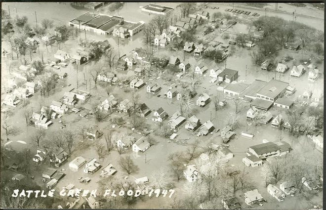 An aerial view of the Bottoms neighborhood under water during the flood of 1947.
