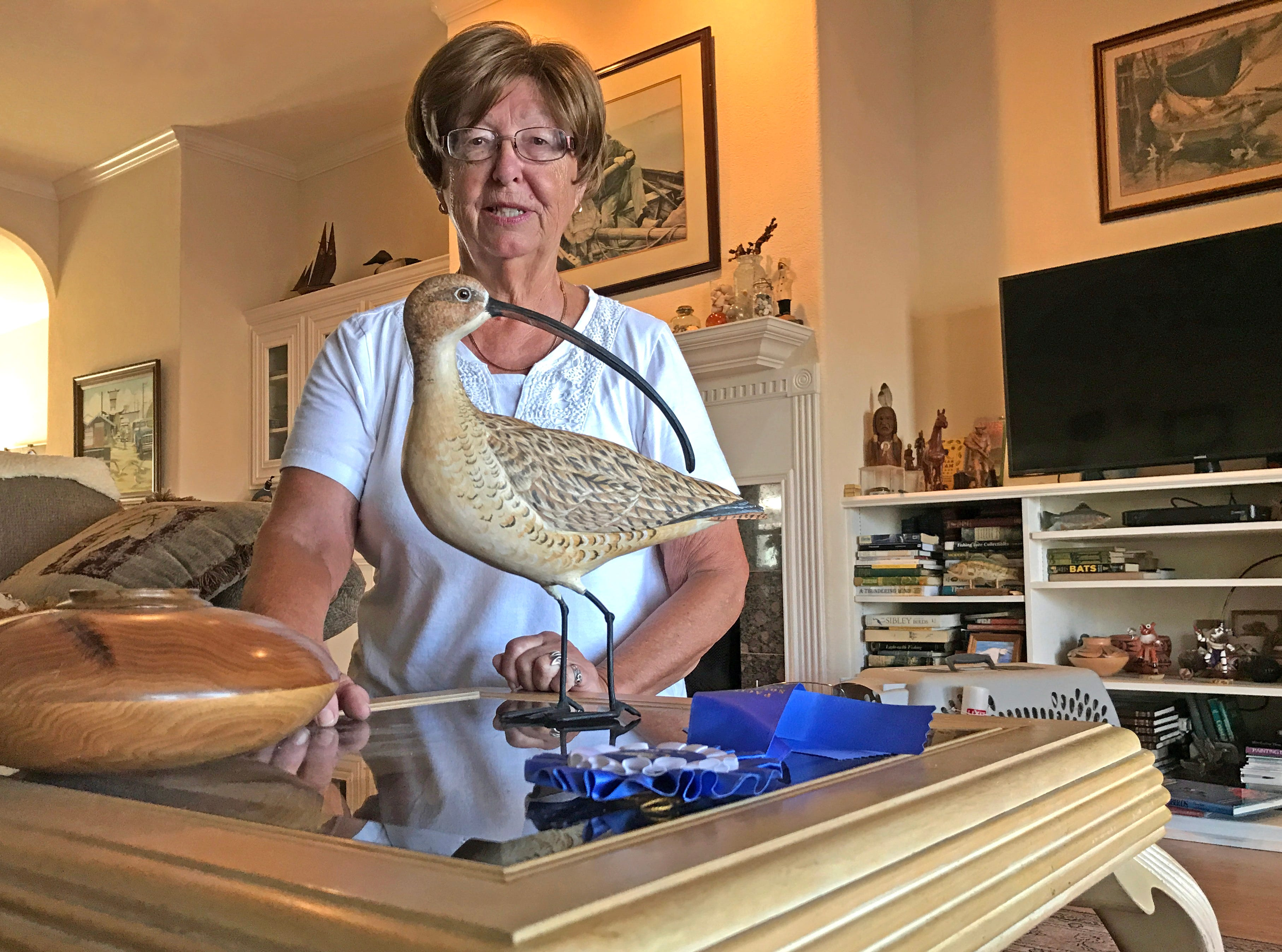 Marilyn Posluszny has turned her love of birds into second career as a carver.