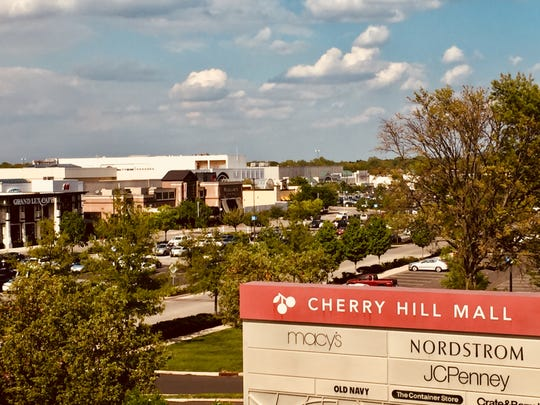 A federal jury has found a Pennsylvania man, barred from leaving the state due to parole restrictions, sent a woman to sell heroin to a buyer at the Cherry Hill Mall, according to the U.S. Attorney's Office in Philadelphia.
