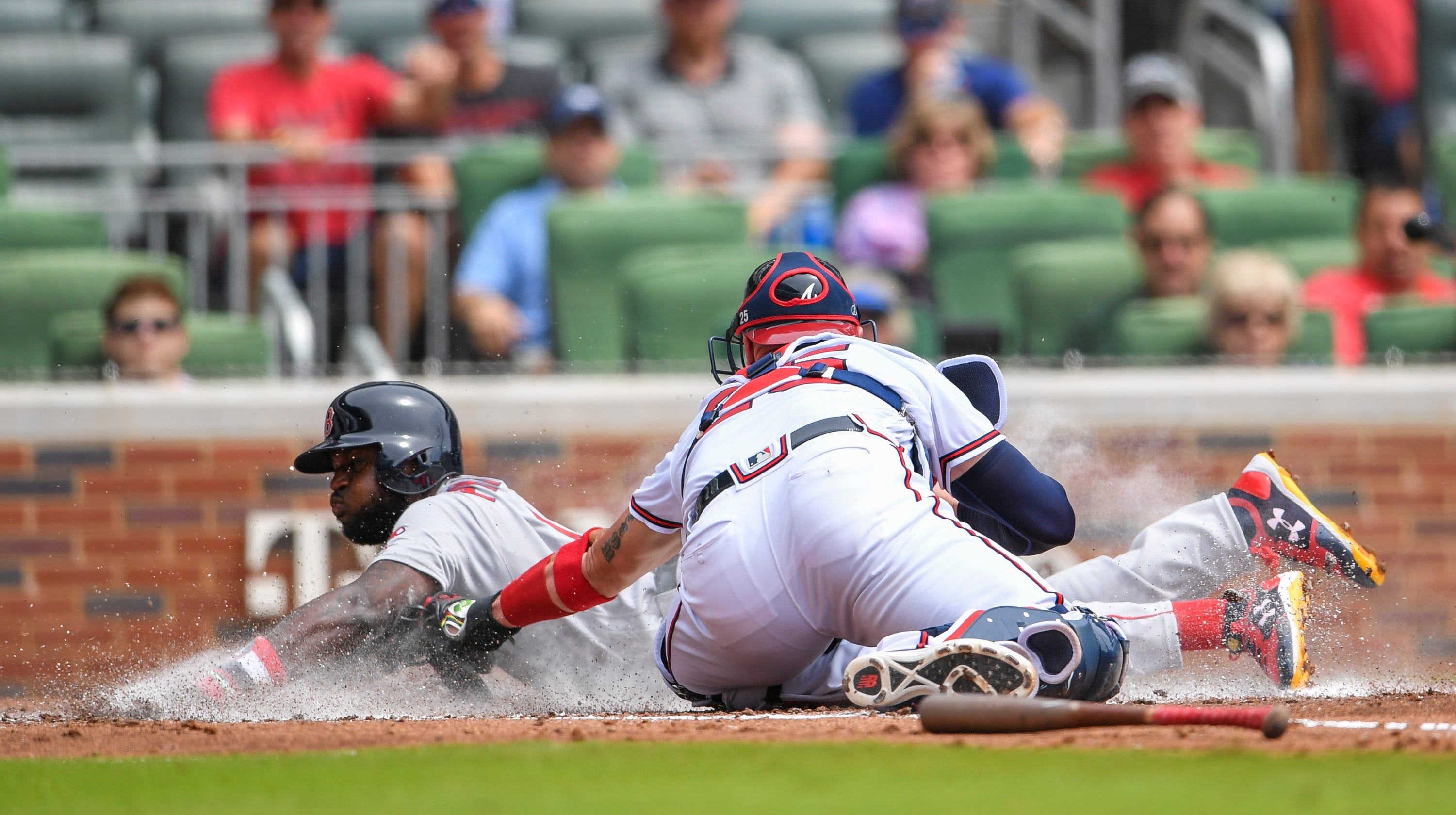 42be3cf95 Brandon Phillips  Boston Red Sox debut features go-ahead homer in 9th