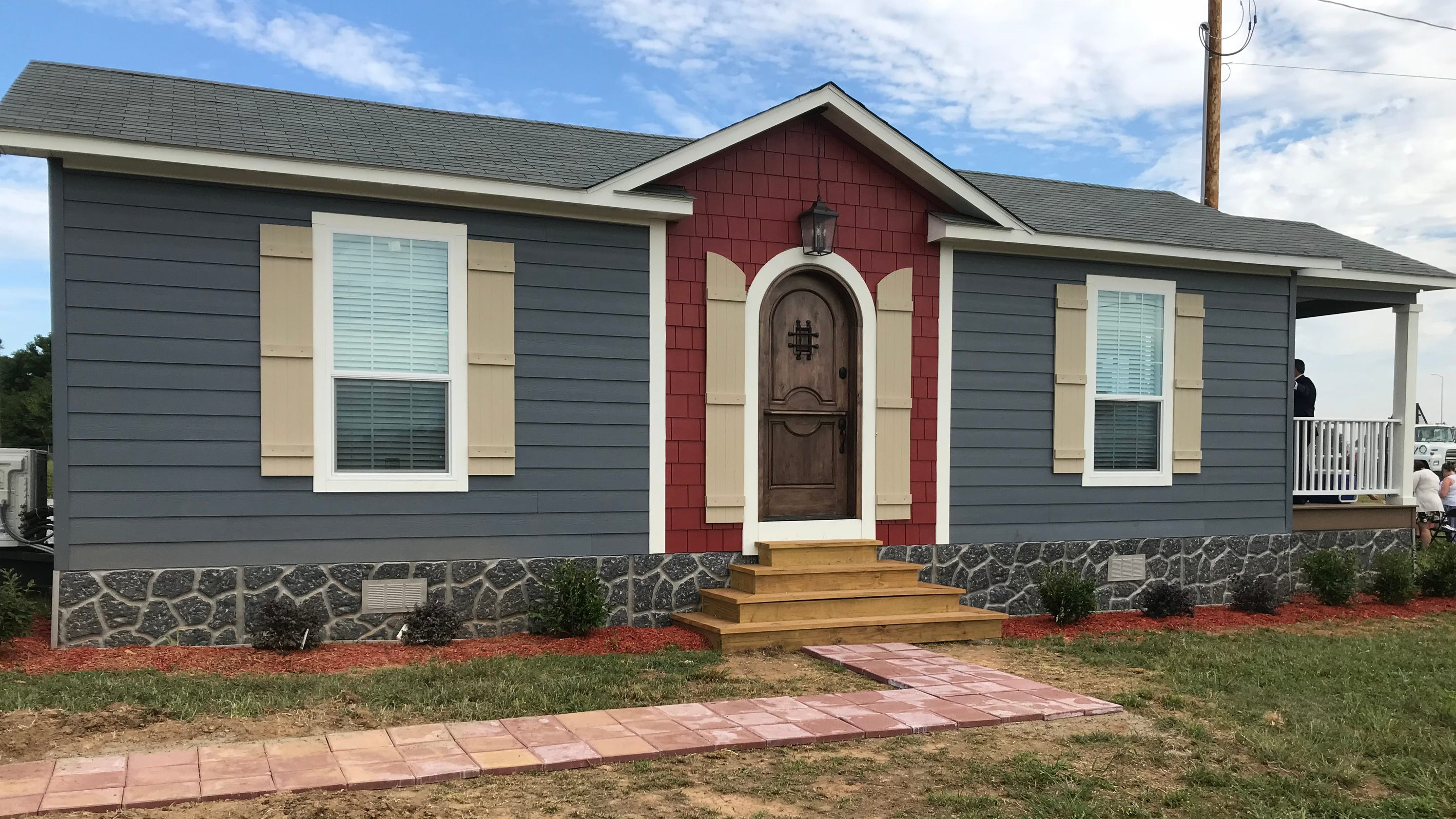 Smart homes for seniors, disabled adults unveiled in Clarksville