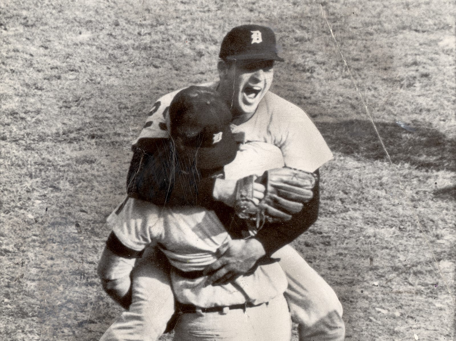 Bill Freehan and Mickey Lolich celebrate winning the 1968 World Series.