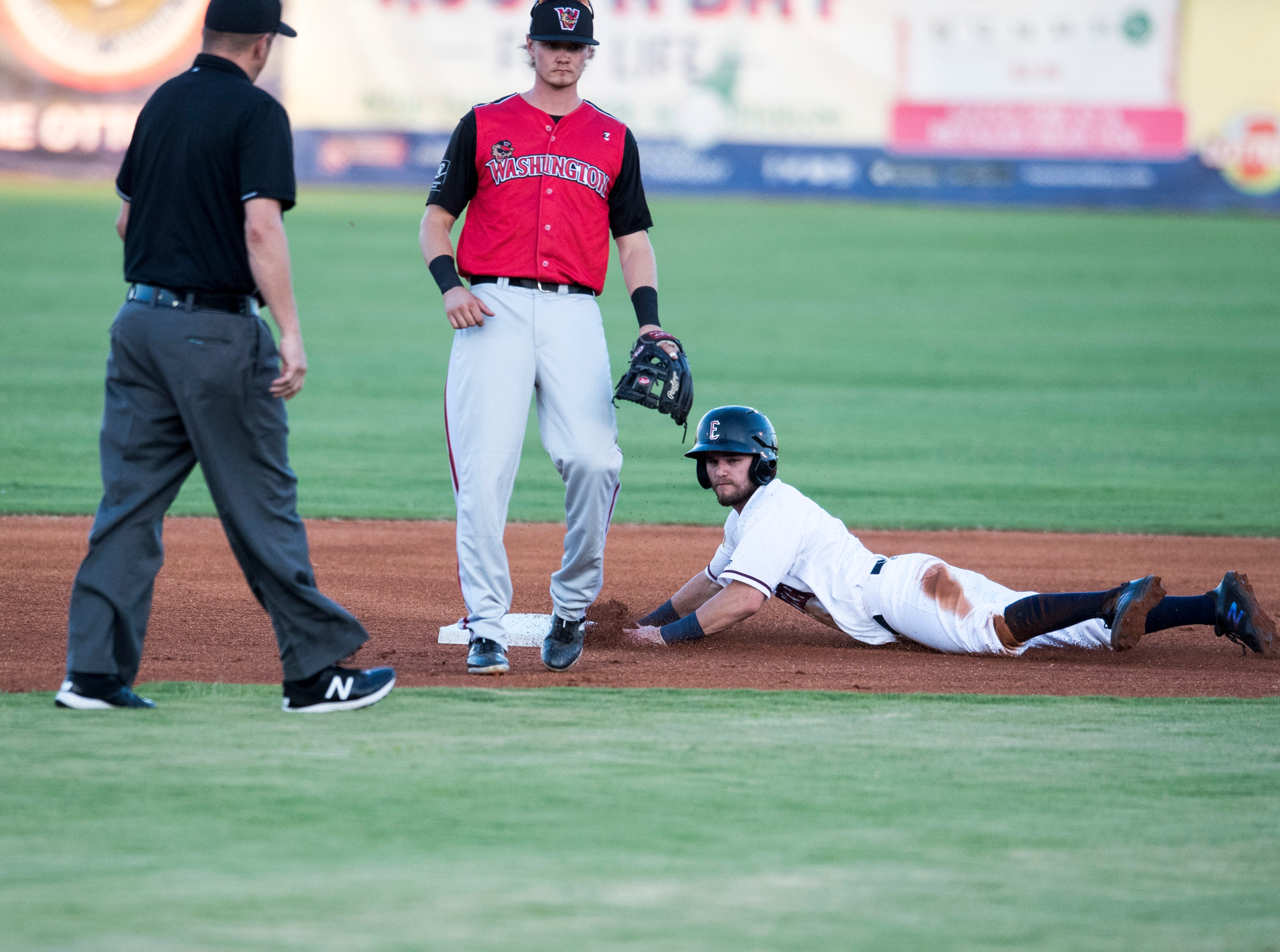 Evansville's David Cronin (6) steals second during game one of the Frontier League Division Series at Bosse Field against the Washington Wild Things Tuesday, September 4, 2018.