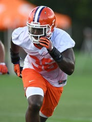 Linebacker Judah Davis is one of 17 Clemson players pursuing a second degree