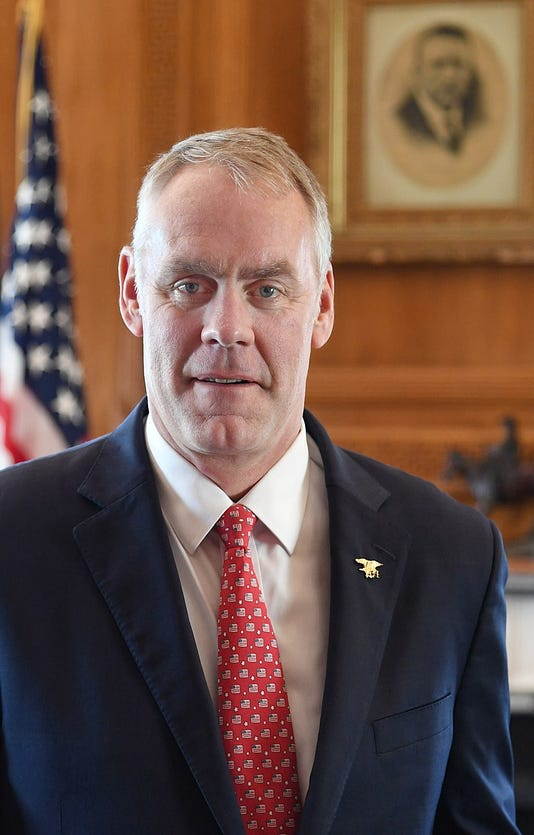 800px Ryan Zinke Official Portrait