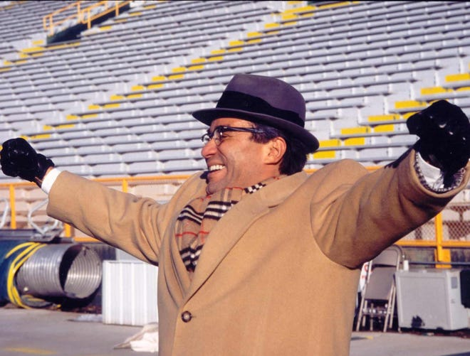"""John Pinero will be performing """"Vince: The Life & Times Of Vince Lombardi"""" at the South Milwaukee Performing Arts Center at 7:30 p.m. Sept. 13."""