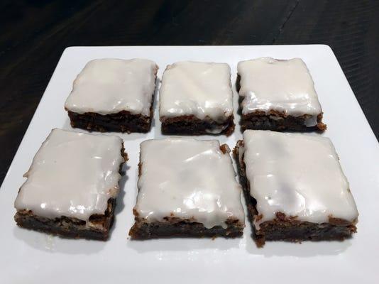 Uask12-gingerbread bars
