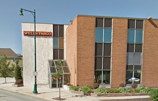 Wells Fargo Bank 61st And National