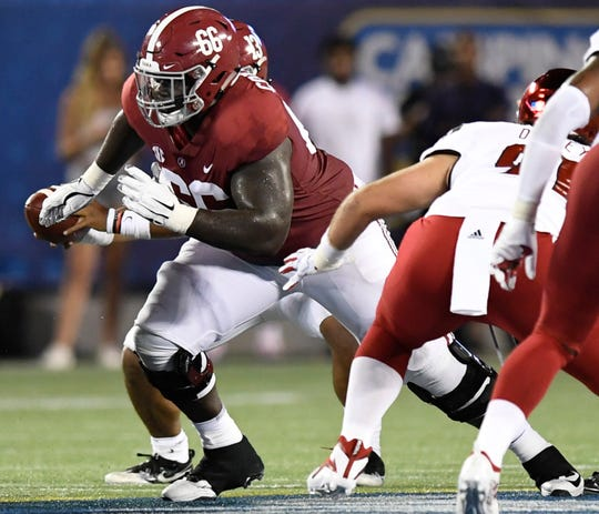 Alabama offensive lineman Lester Cotton (66) In first half action of the Camping World Kickoff at Camping World Stadium in Orlando, Fla., on Saturday September 1, 2018.
