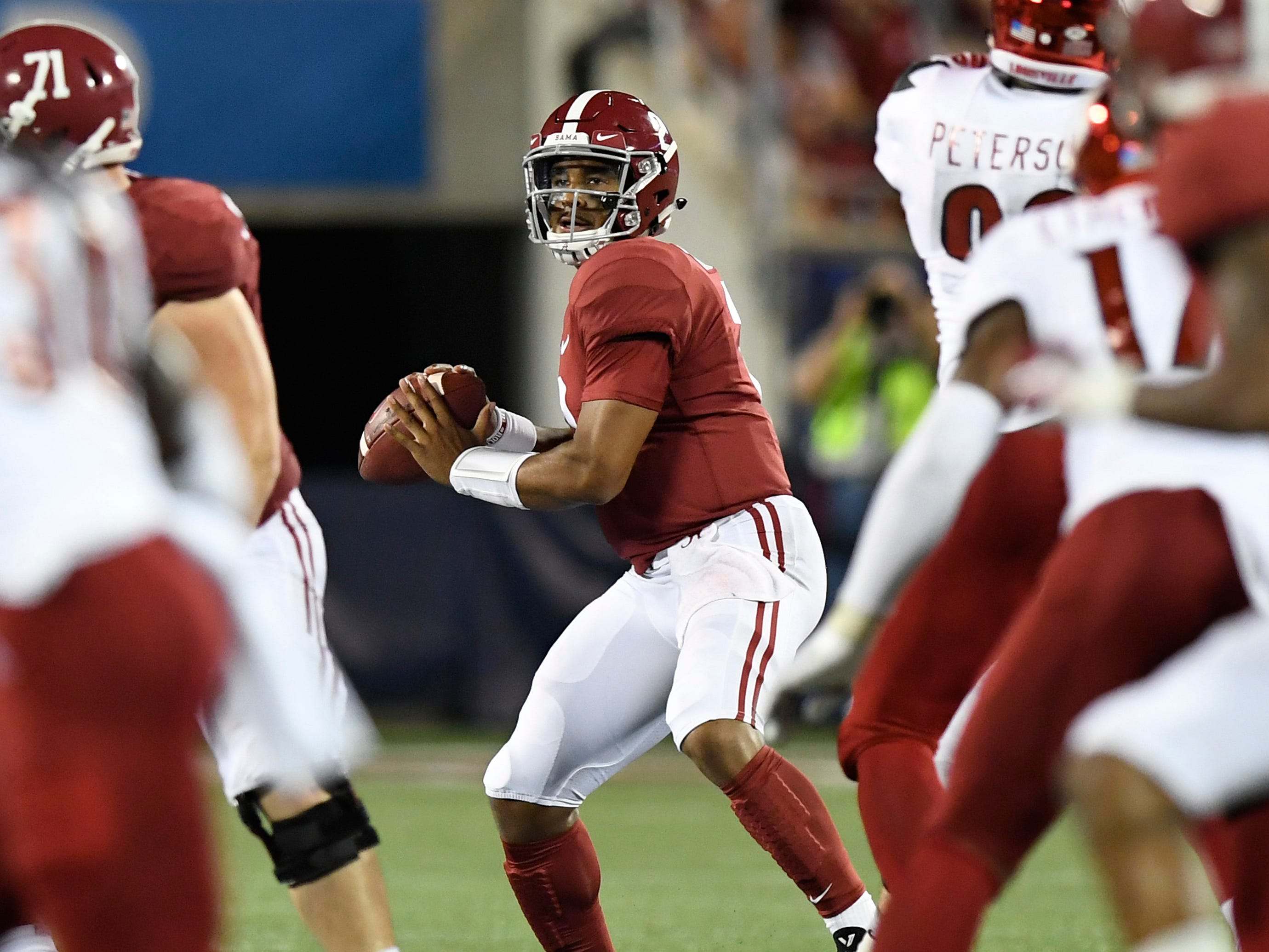 Alabama quarterback Jalen Hurts (2) looks to throw against Louisville ion second half action of the Camping World Kickoff at Camping World Stadium in Orlando, Fla., on Saturday September 1, 2018.