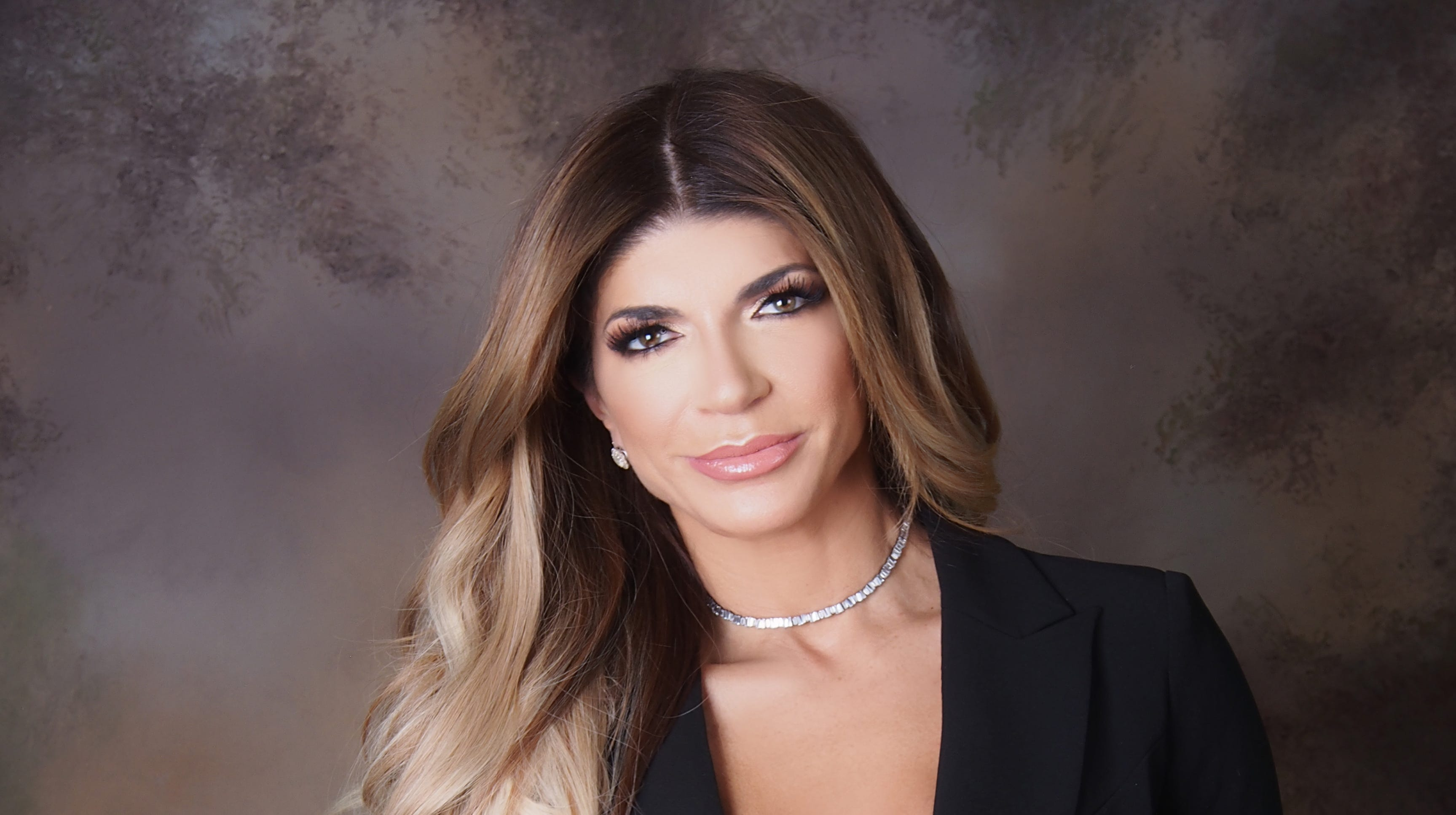 RHONJ: Teresa Giudice and other housewives give back
