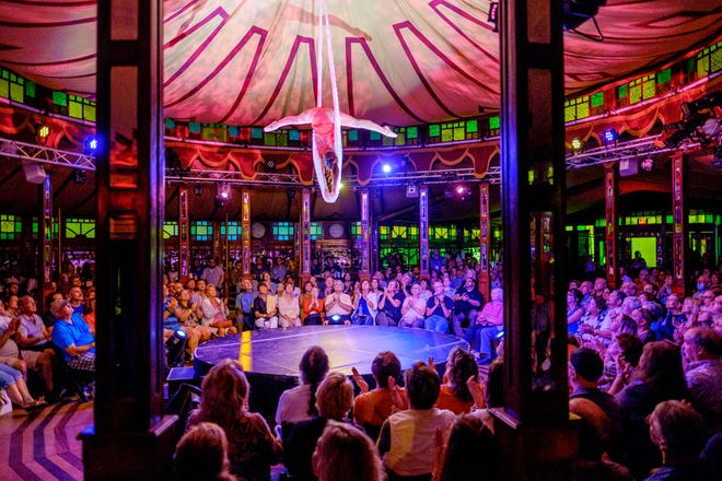 Cirque du Fringe in the Spiegeltent.