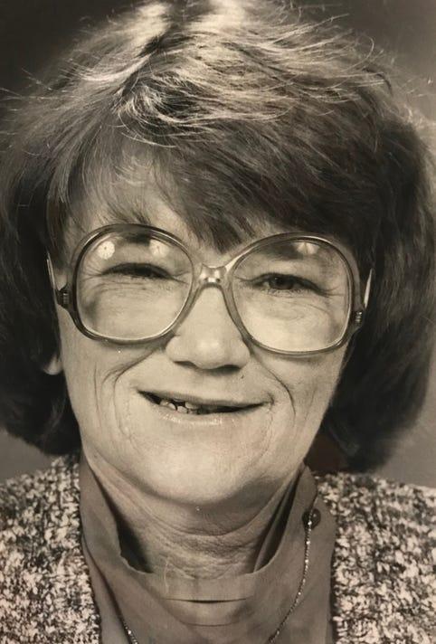 Carline Tucker