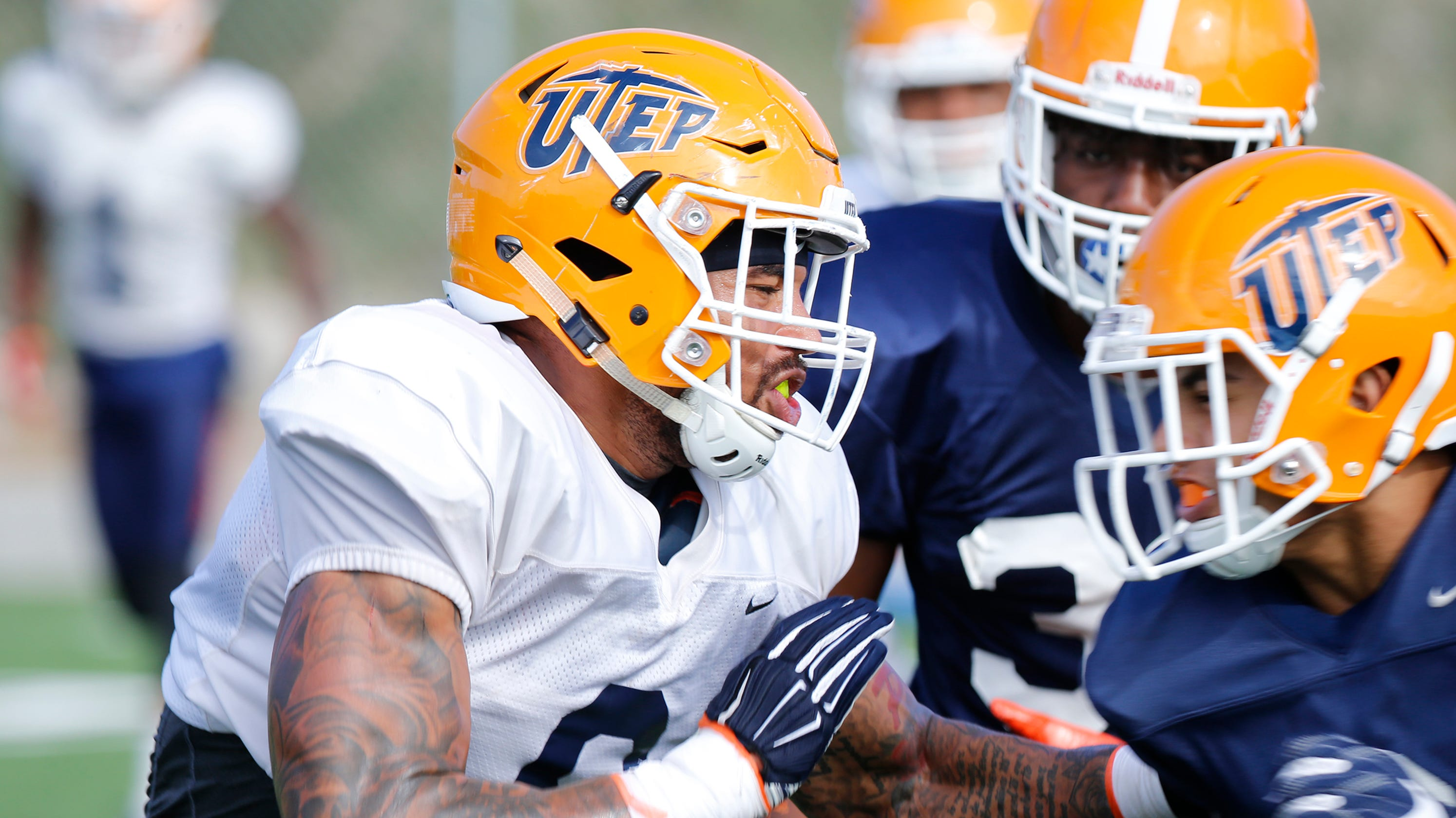 Metz, Hotchkins enjoy new roles with UTEP Miners football team