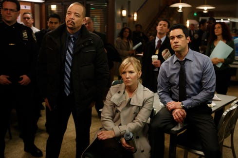 """LAW & ORDER: SPECIAL VICTIMS UNIT -- """"Criminal Stories"""" Episode 1518 -- Pictured: (l-r) Ice T as Det. Odafin Tutuola, Kelli Giddish as Det. Amanda Rollins, Danny Pino as Det. Nick Amaro."""