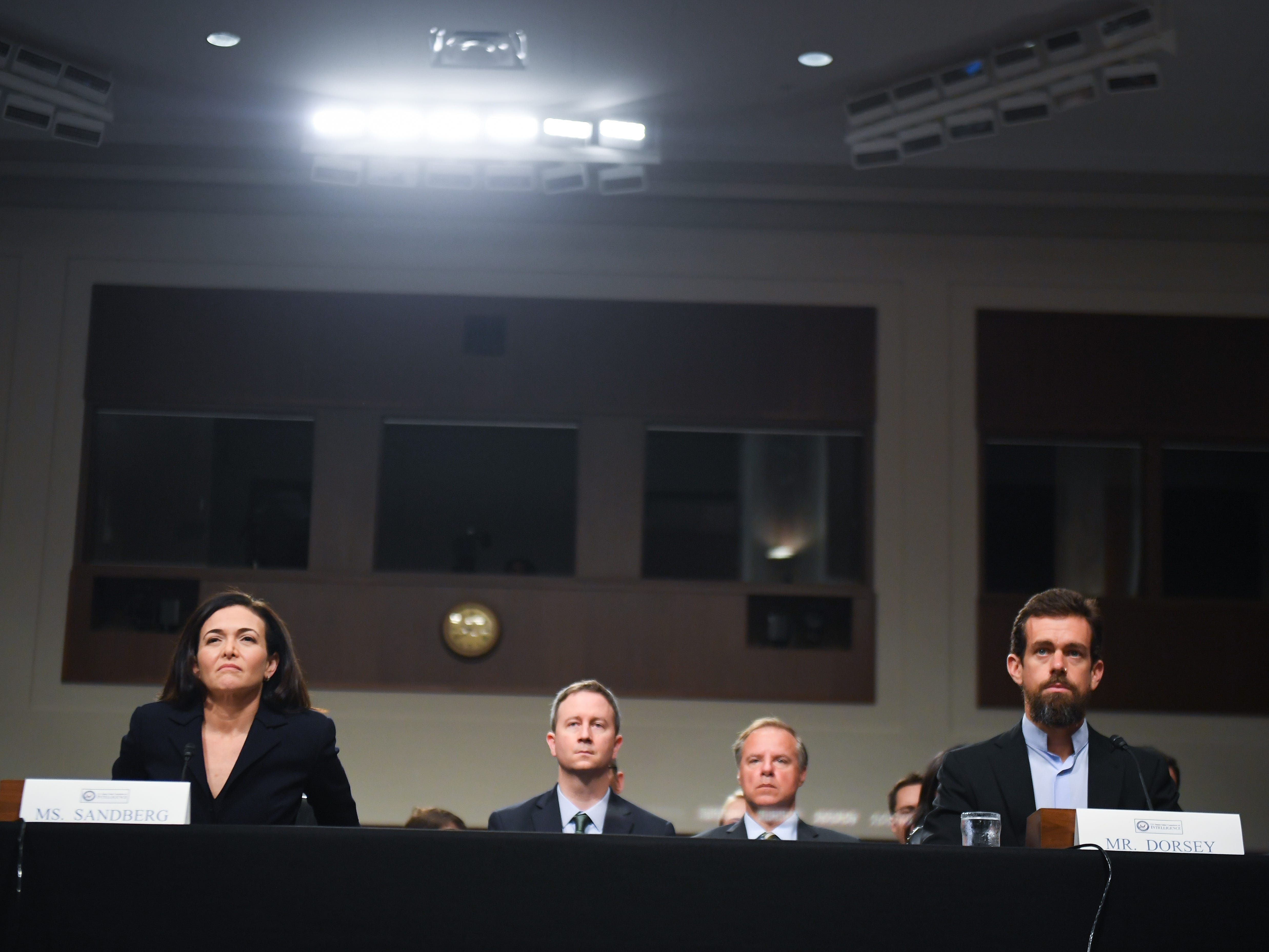 9/5/18 9:38:38 AM -- Washington, DC, U.S.A  -- Sheryl Sandberg, chief operating officer of Facebook Inc., and Jack Dorsey, chief executive officer of Twitter Inc., testify before the Senate Select Committee on Intelligence during a hearing on Foreign Influence Operations' Use of Social Media Platforms on Sept. 5, 2018 in Washington.  --    Photo by Jack Gruber, USA TODAY Staff ORG XMIT:  JG 137441 Social Media Hea 9/5/ (Via OlyDrop)