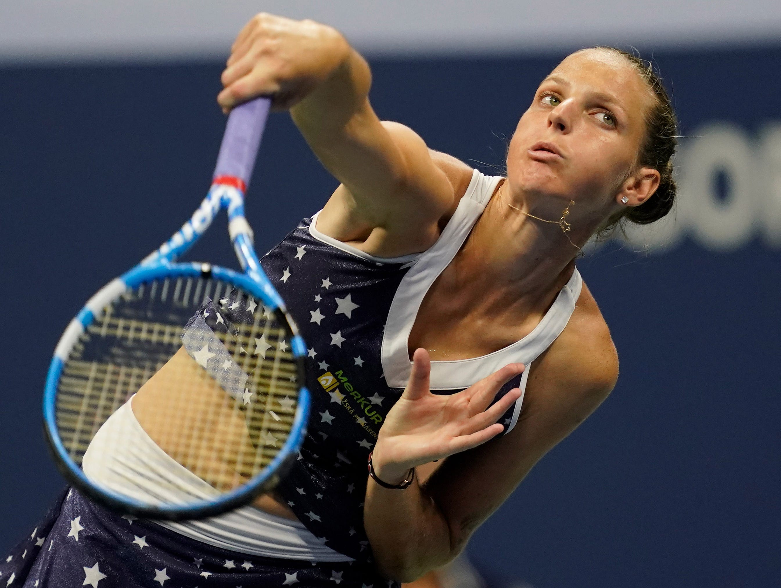 Karolina Pliskova led early against Serena Williams but lost eight games in a row.