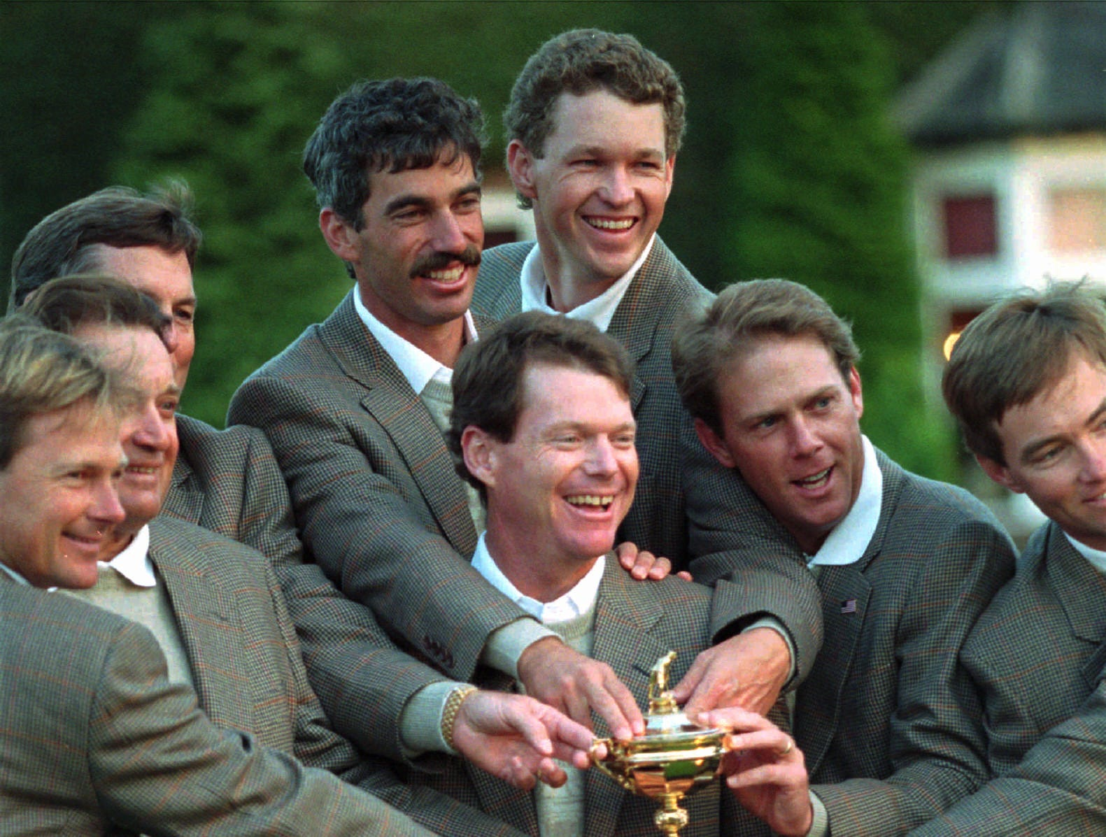 Team USA, 1993: Captain Tom Watson poses with his team and the Ryder Cup after defeating Europe 15-13.