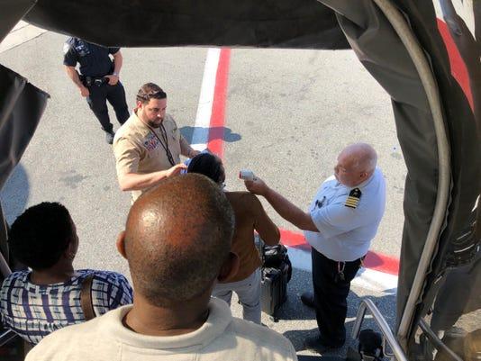 Ap Plane Sick Passengers A Usa Ny