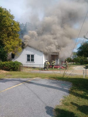 A dog groomer in Anderson County caught fire Thursday afternoon and several animals inside died.