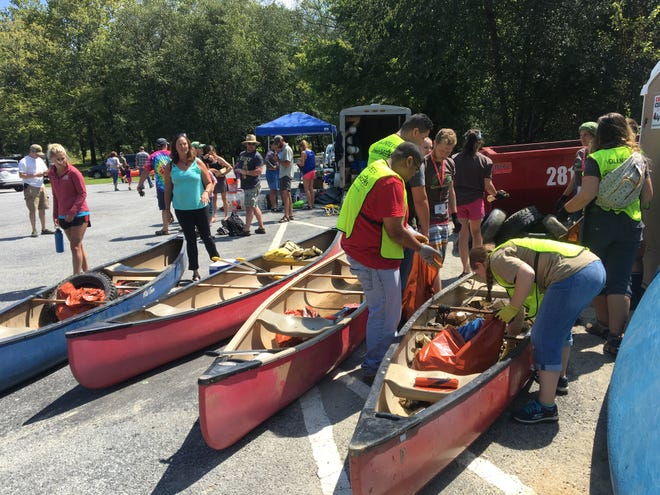 Last year, Asheville GreenWorks and MountainTrue hosted Big Sweep on the French Broad River with 114 volunteers.