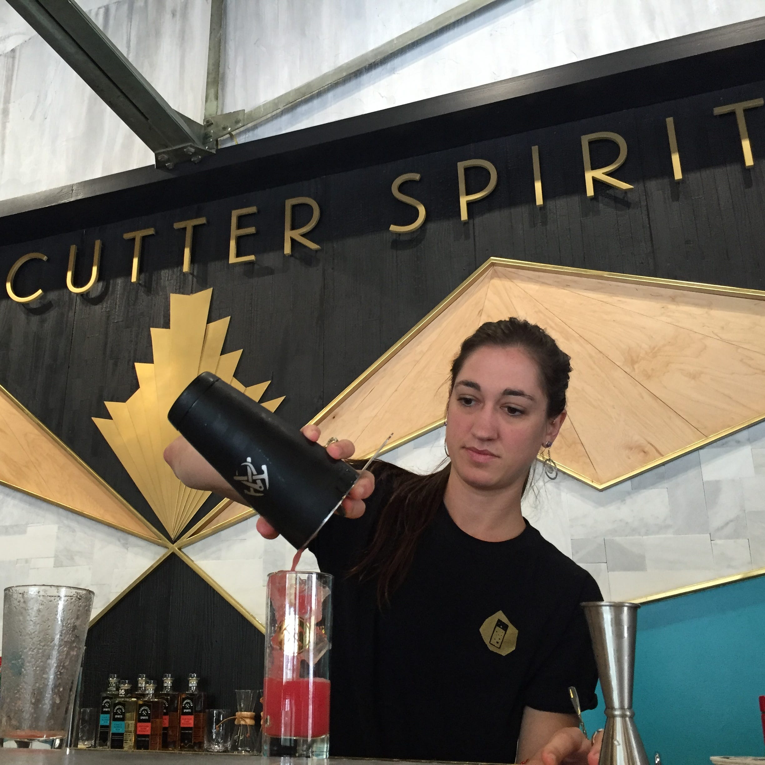 Stonecutter Spirits opens bar, Highball Social, next to Folino's in Burlington