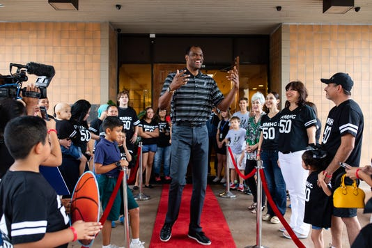1195098002 David Robinson Appearance 001