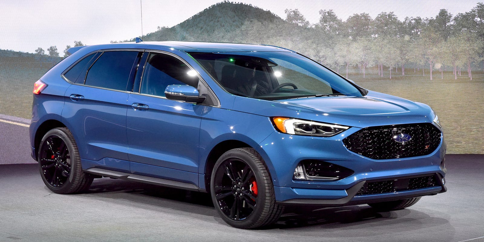 Ford Edge may not have a future, as Oakville plant uncertain