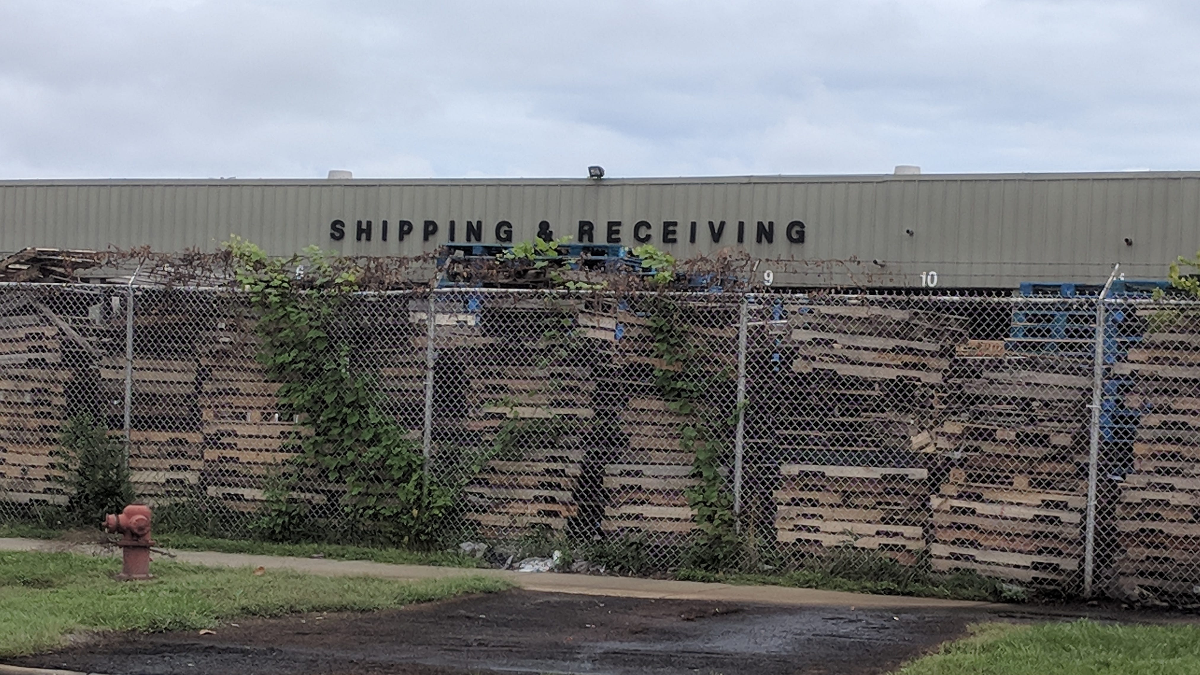 Towne Club pop factory site is leaking grass-killing ooze in Detroit