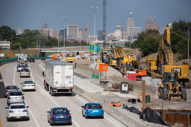 Work appears to be suspended on I-75 as traffic passes under a bridge near Dragoon in Detroit on Tuesday, September 4, 2018.