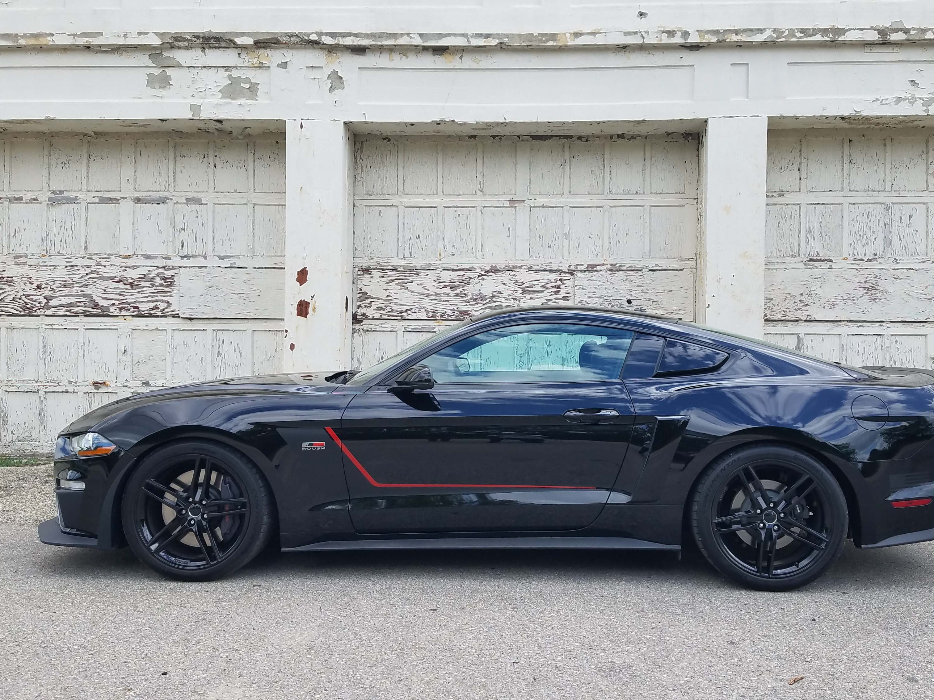 The sixth generation Ford Mustang has been a huge hit, out selling competitors since its introduction for the 2015 model year. The 2018 Roush Jackhammer Mustang takes the V-8 powered GT up a notch with performance mods.