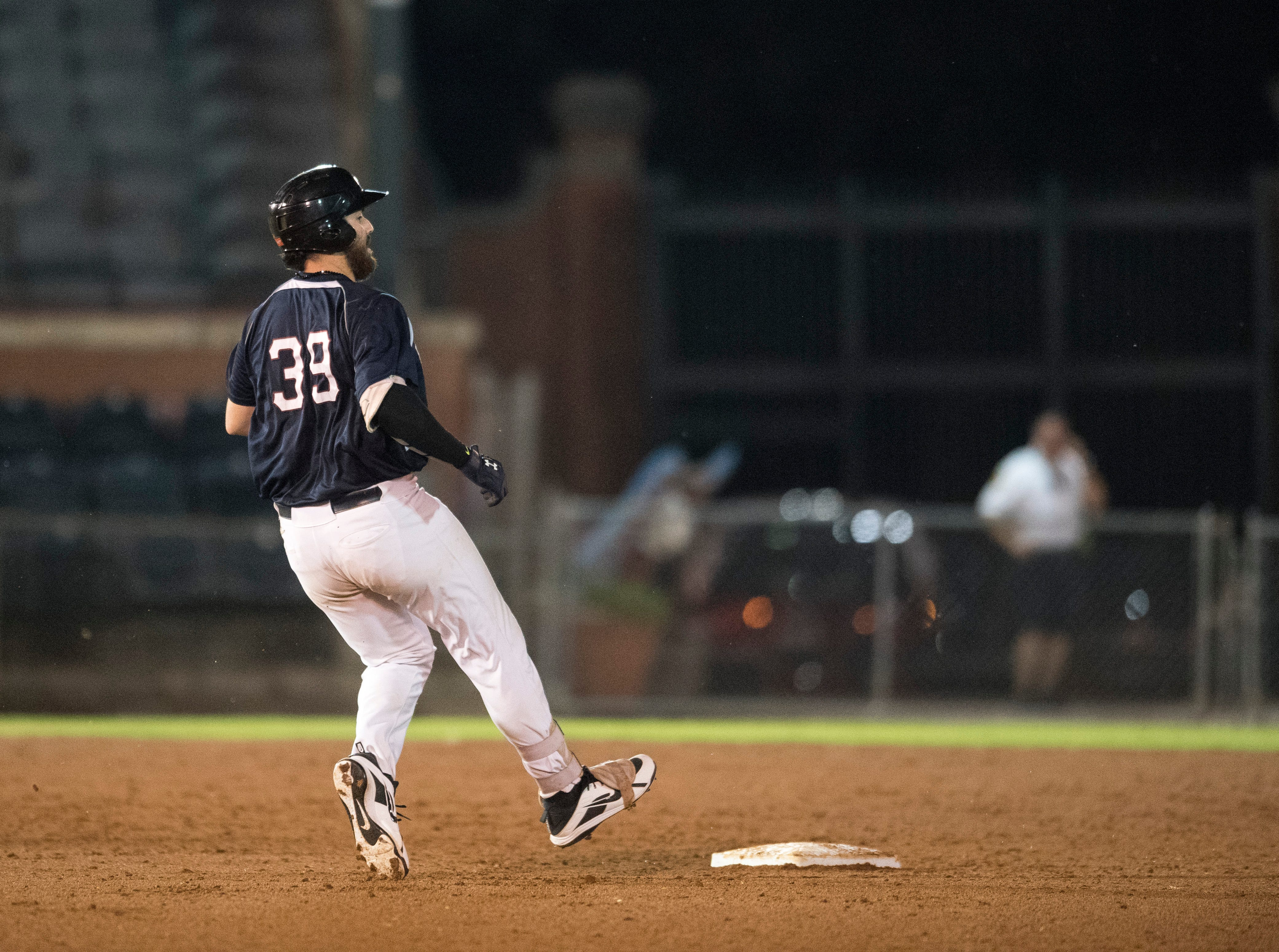 Evansville's Austin Bush (39) takes second base during game two of the Frontier League Division Series at Bosse Field against the Washington Wild Things Wednesday, September 5, 2018.