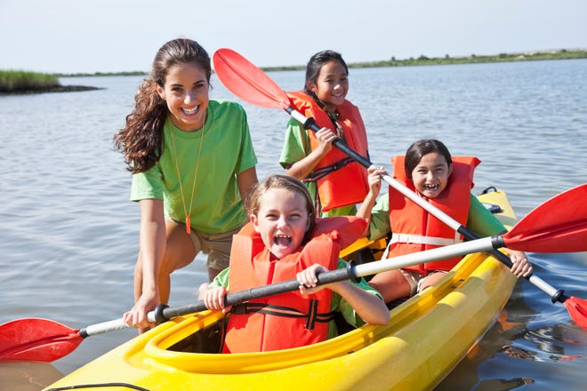 This weekend's family-friendly events include a beginner's kayak outing.