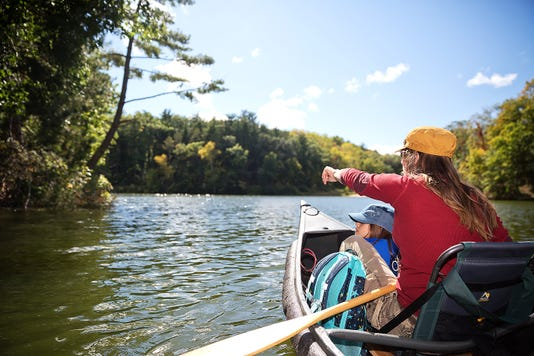 Fall Canoeing In Wisconsin Photo Cred To Travel Wisconsin