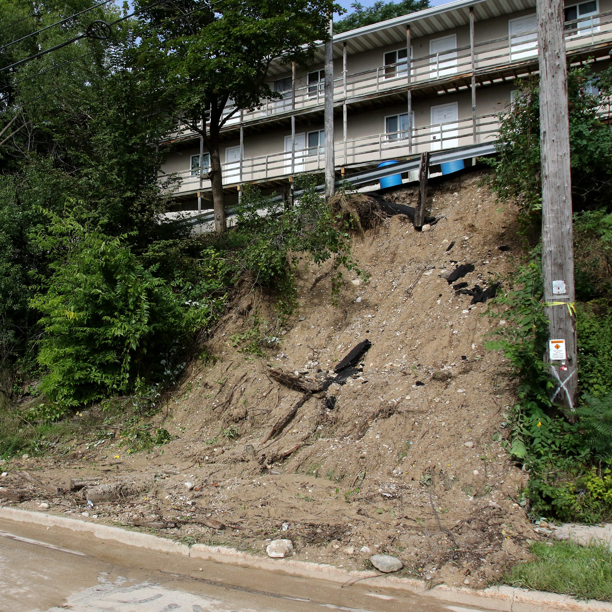 Heavy rains bring mudslide, flooding to Waukesha