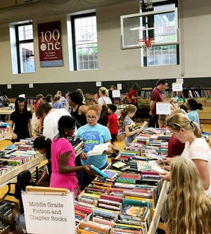 Shoppers love the big annual USN Fall Book Frenzy sale.