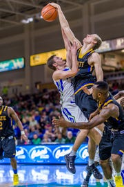 South Dakota State, which won at FGCU's Alico Arena in 2015, is one of seven tough teams the Eagles will see in the 2018 Gulf Coast Showcase in Germain Arena.