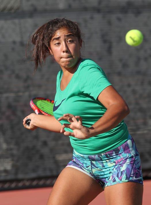 Rmhs Tennis 4