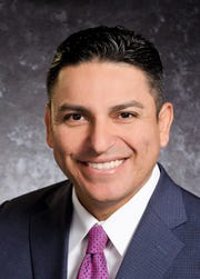 Jerry Gonzalez, chief nursing officer at Las Palmas Medical Center.