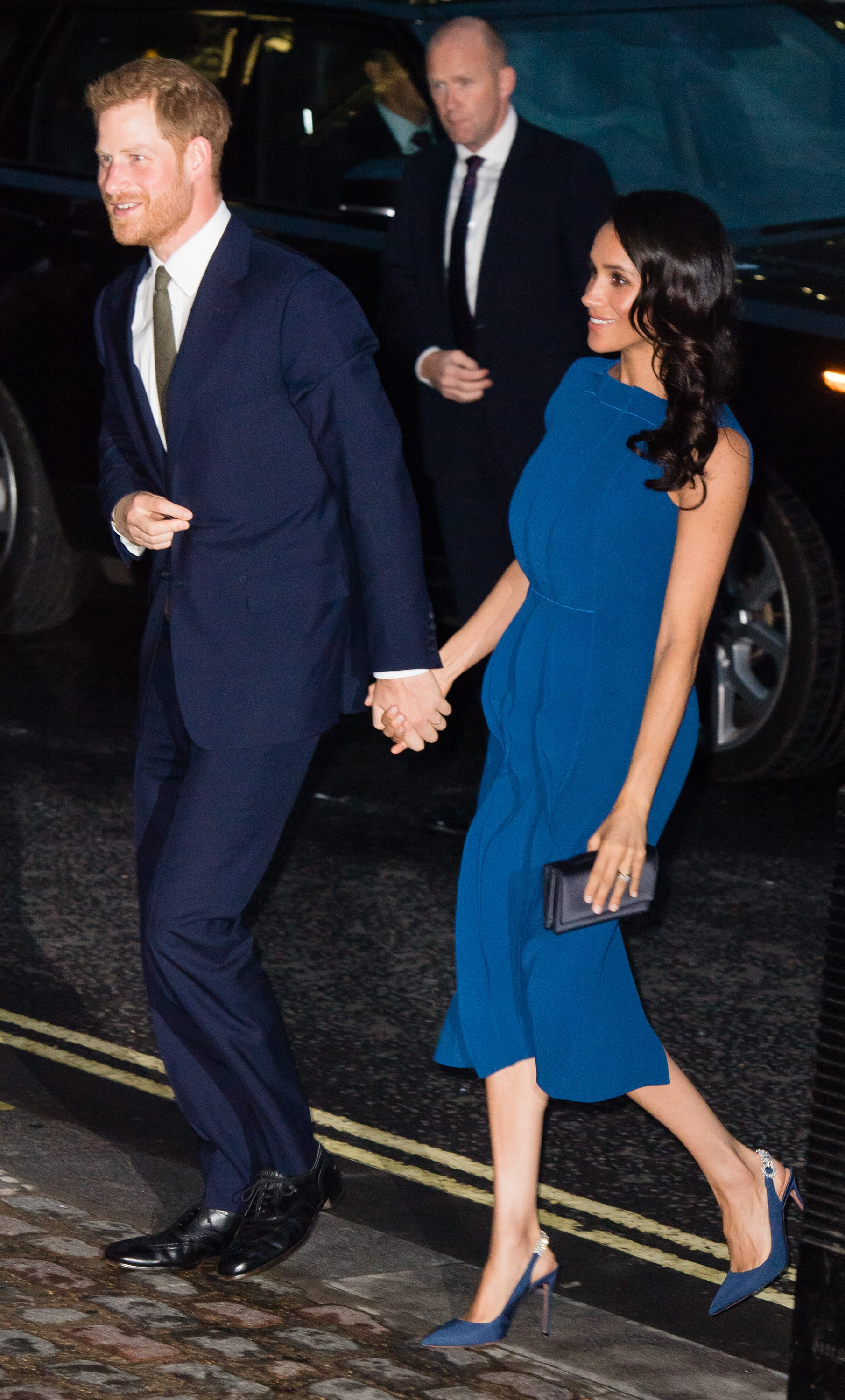 Meghan wears blue Jason Wu, hair loose at second charity gala of the week with Harry