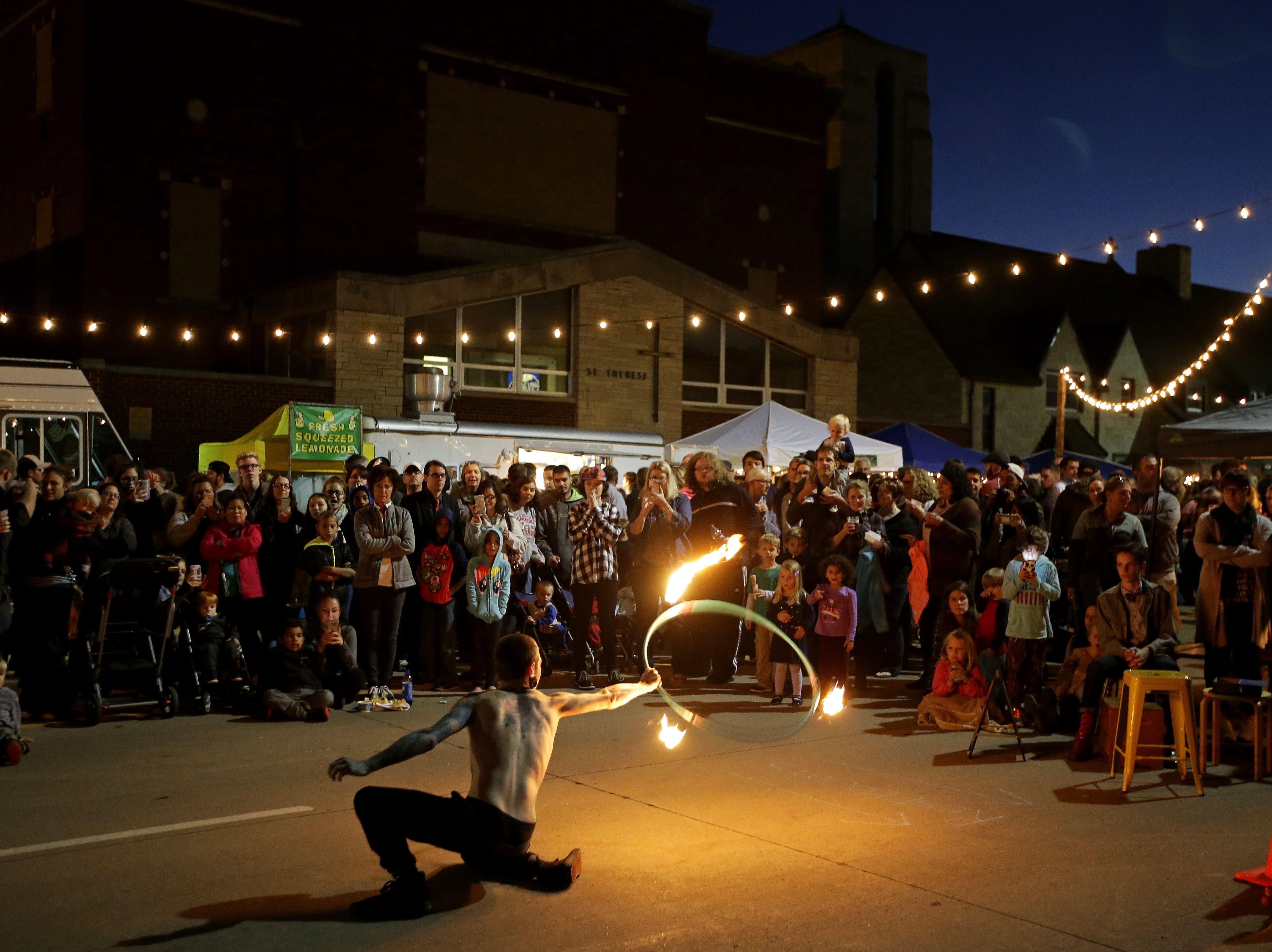 Casey Gottlieb performs at Bazaar After Dark on Wisconsin Avenue in Appleton.