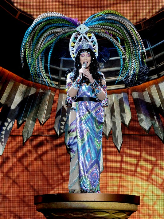 Cher In Concert With Cyndi Lauper Dressed 2 Kill Tour