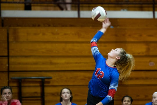 Gregory-Portlan's Kandice Rowe spies the ball during the first set against Flour Bluff's at Flour Buff on Friday, Sept. 7, 2018.