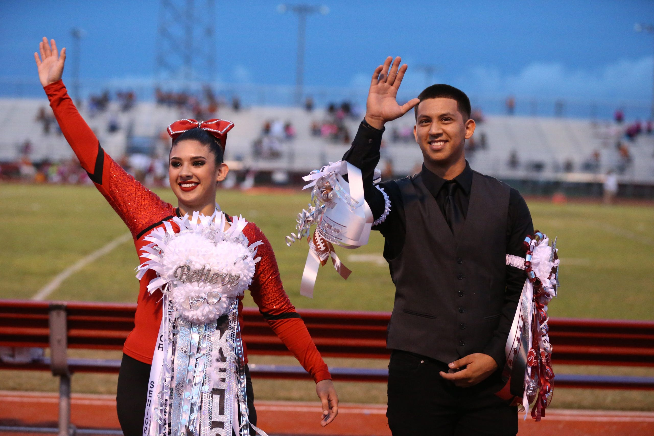 Texas Tradition Homecoming Mums Show School Spirit In Texas