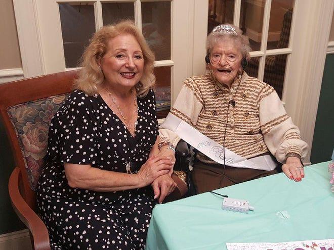 Warren Committee member Carolann Garafola was on hand to honor Anne LaHoff.