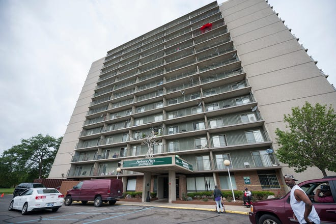 Apartemen Parkview Place di 1401 Chene di Detroit.